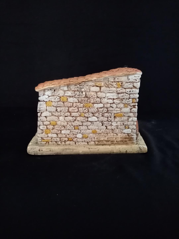 étable plâtre vue de derrière